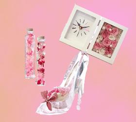 部屋をオシャレに見せてくれるお花アイテム3選!